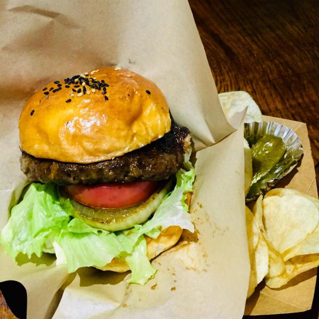 【とろけるハンバーガー】RED PONY のオススメ